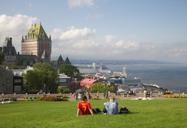 Québec le château Frontenac vu des Plaines d'Abraham